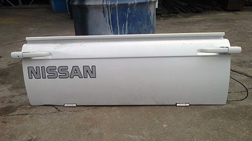 Nissan 1400 Tailgate