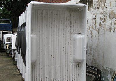 Nissan NP 300 loading bin -1
